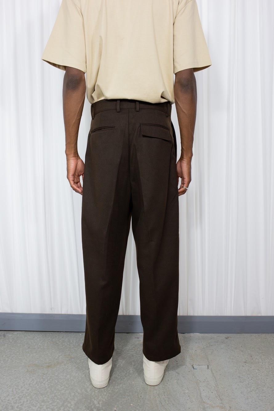 brown bottoms