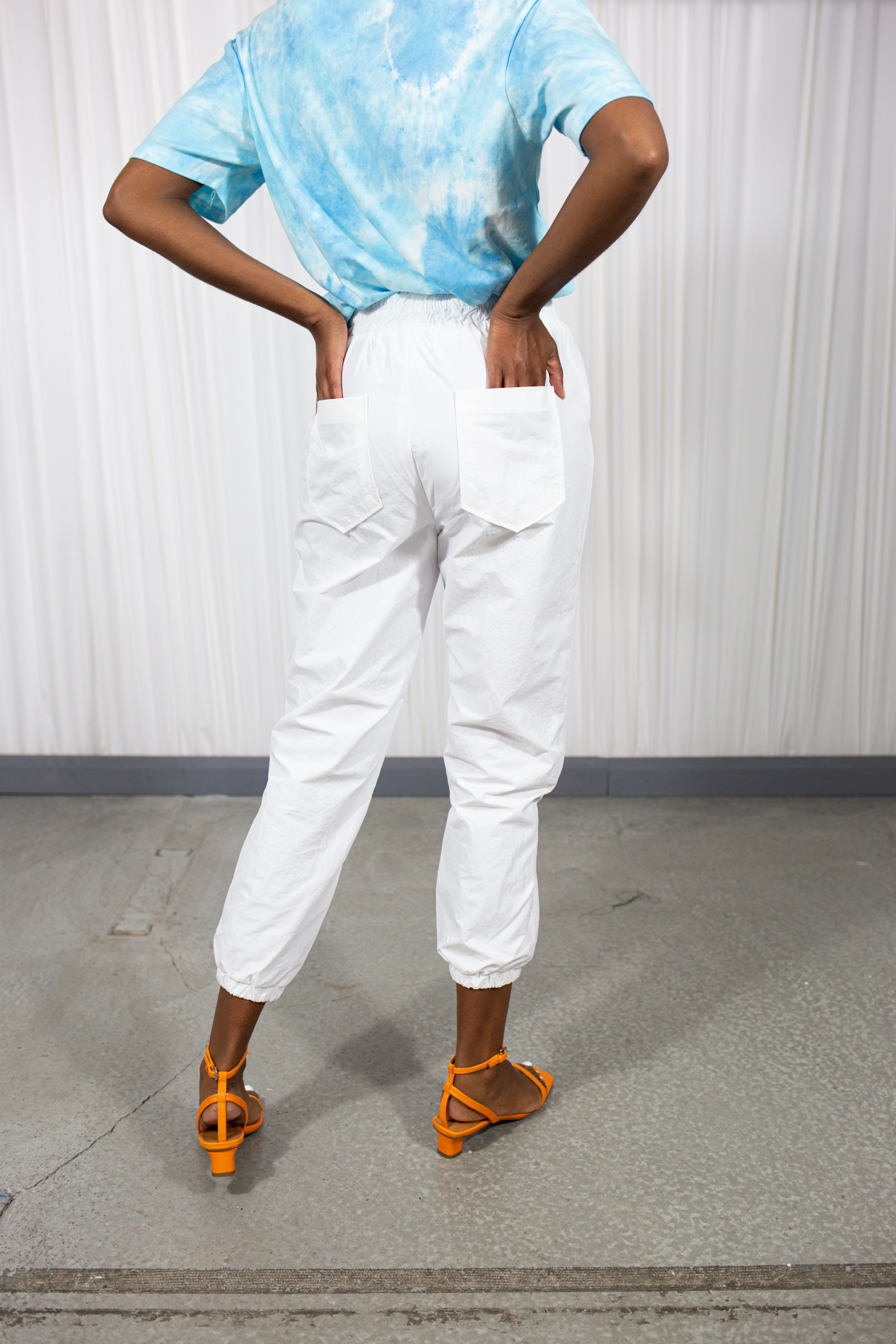 101 moon Wind Jogger Pant White