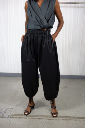 Statement Swing Pants Black