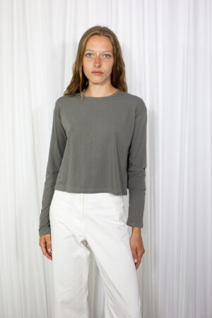 Berry T-shirt Dark Grey by Table