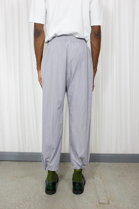 String wide pant
